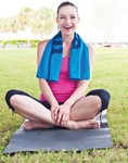 Microfiber Suede Fitness Towel w/Carrying Bag